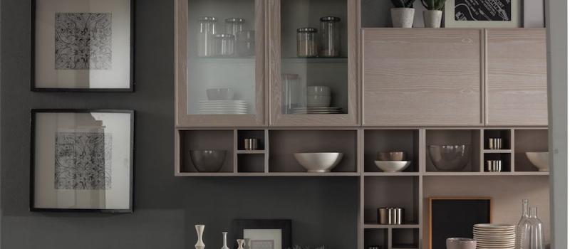 cucina-moderna-quadra-elementi-a-giorno-massello